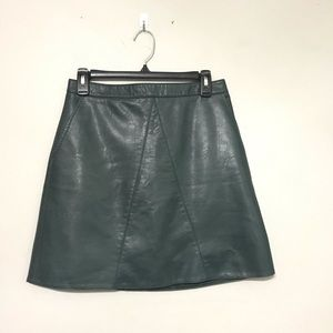 Zara basic faux leather skirt green size medium